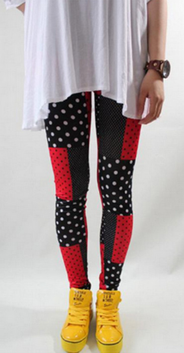 Red and Black Dots Points Printed Leggings
